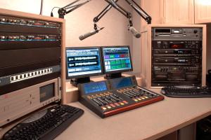 Medium radio studio Logitek
